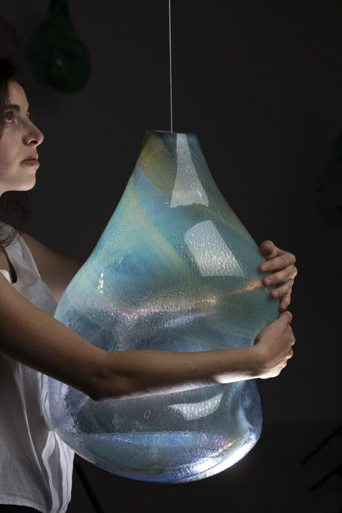 Artist Spotlight Ariel Aravot